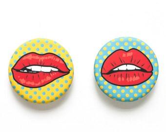 Red Lips Magnet Set
