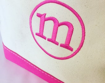 Monogrammed Canvas Bag - Large Monogrammed Makeup Bag - Free Nail Files Personalized Bride Bridesmaid Gift Makeup Travel Organization