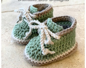 Crochet baby booties, unisex baby shoes, work boots, worker boots, sizes 0-12 months, baby boy, gift, announcement, Soft Australian Cotton