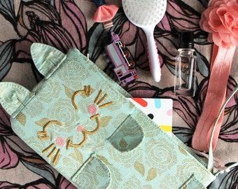 Kitten Clutch *Camilla* Mint wristlet. Cat lover gift. Cat accessory. Kitten purse. Cute wristlet. Mint green accessory. Cat lady gift.