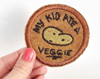 Mom patch. Mom gifts. Mom life. Mom gift under 10. Diaper bag patch. Iron on patch. Mom gift from kids. Funny dad gift. cute patches