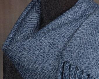 Blue scarf / handwoven scarf / merino wool scarf / winter scarf / man's scarf / woman's scarf