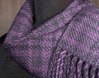Plum purple plaid scarf / handwoven scarf / merino wool scarf / winter scarf