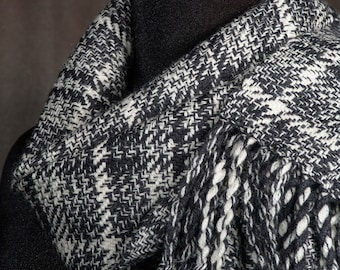 Black and white plaid scarf / handwoven scarf / merino wool scarf / winter scarf