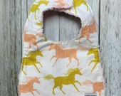 Baby Girl Bib in Peach an...