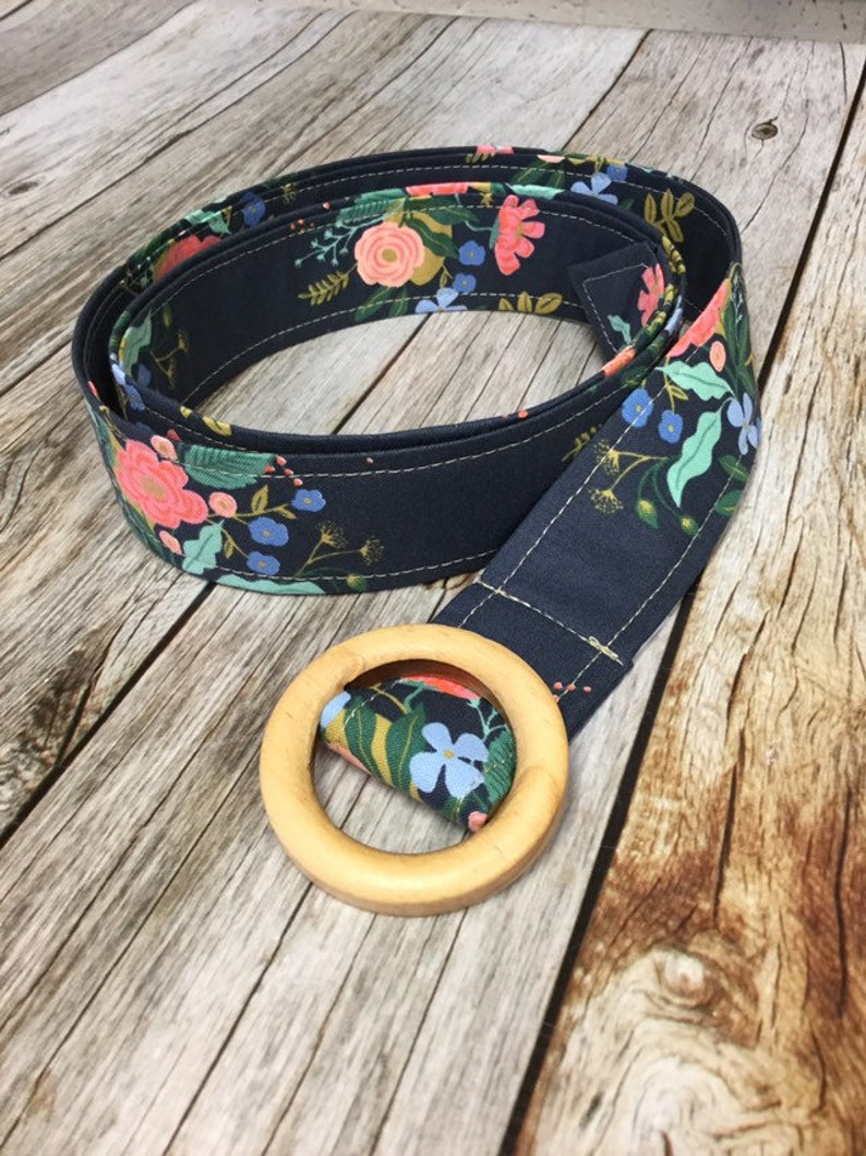 Women's Fabric Belt  Navy with Pink Flowers image 0