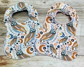 Baby Girl Bib or Baby Boy Bib in Owl moon and floral fabric - Baby Shower Gift- Baby Bib - Baby Accessories
