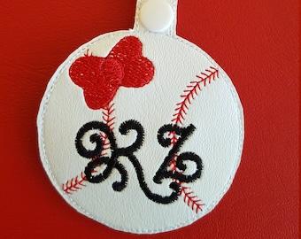 Bow Baseball Bag tag, Personalized Bow Baseball bag tag, Girly Baseball Zipper Pull, Girly Bow Baseball Initial Tag, Girl Baseball Key Chain