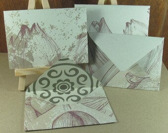 4 A7 Handmade envelopes in cream with tulip patterns, coloured inside