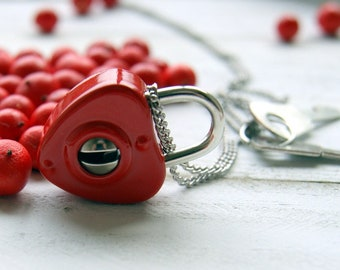 Heart Necklace - Vintage Red Heart Padlock Necklace with 2 Keys and Vintage Stainless Steel Chain