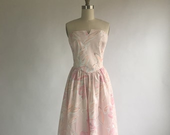 1980s Vintage Petal Pink Floral Strapless Sundress by Carol Anderson California