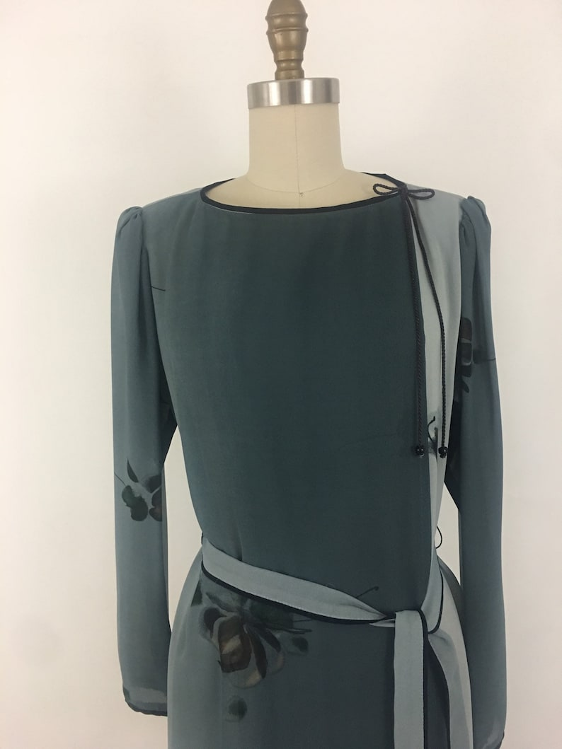 1970s-80s Gray Ombre Abstract Floral Wrap Dress by Kardessa \u2022 Size Medium