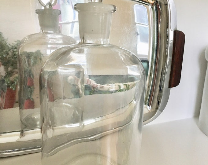 Clear Glass Apothecary Bottle TCW Co USA Glass Top Wide Base Vintage 1940s Bottle Like New Medical Chemical Hand Blown Glass