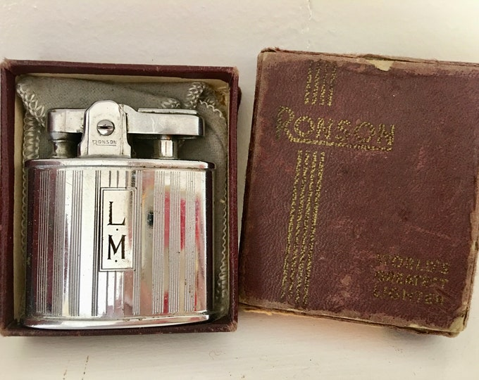 Ronson Standard Silver Chrome Lighter Original Red Leather Box Gray Velvet Bag Engraved LM # 693 Cigarette Cigar Lighter Mid Century 1960's