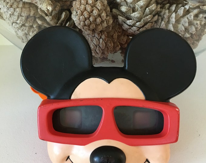 1989 Vintage Mickey Mouse Black and Red Plastic View Master Orange Handle Walt Disney Product
