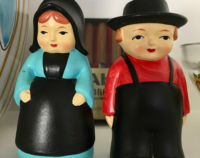 1970's Salt and Pepper Shakers Amish Man and Woman Vintage Black Red and Turquoise Original Rubber Plugs Excellent Condition