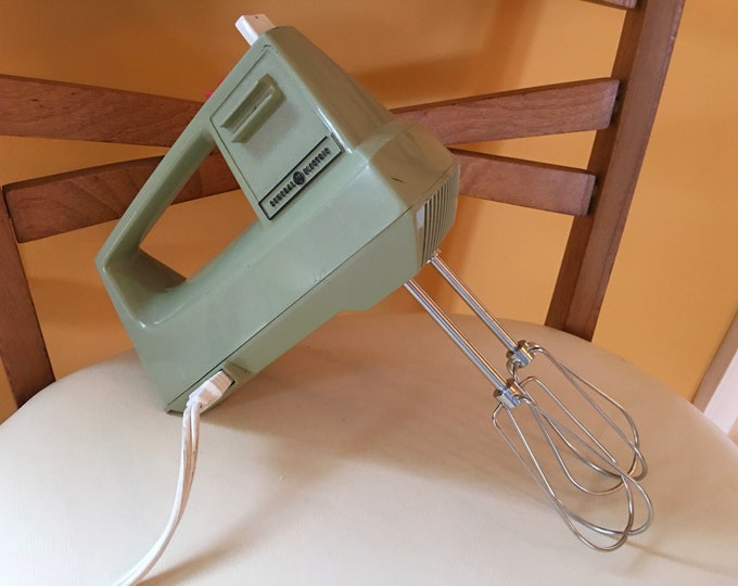 Avocado Green General Electric Hand Mixer 1960's Era Metal Beaters Vintage Plastic Electric Plug In