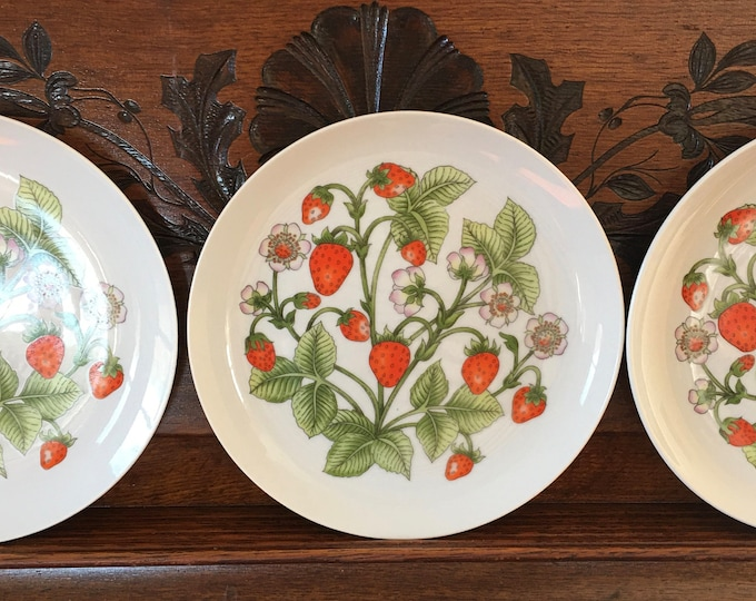 "Shafford Porcelain Salad/Dessert Plates Set of 3 ""Strawberry Patch"" Vintage China 1970 Era Berries Flowers and Leaves White Red and Green"
