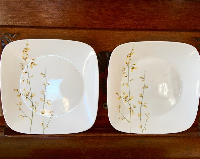 "Corelle Vitrielle Square Dinner Plates ""Kobe"" Pattern Discontinued Asian Inspired Glass Plates Green Stems Yellow Leaves"