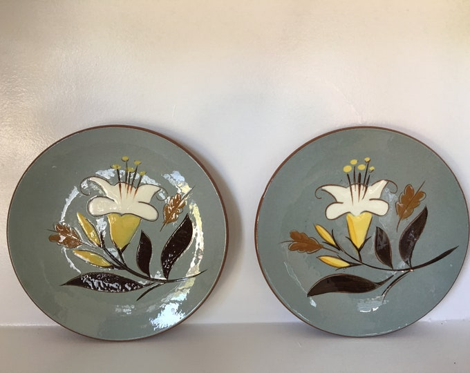 Stangl Golden Harvest Dessert Plates Set of Two Matching Lug Handle Bowl Blue and Brown with White and Yellow Lily Vintage 1960 Pottery Set
