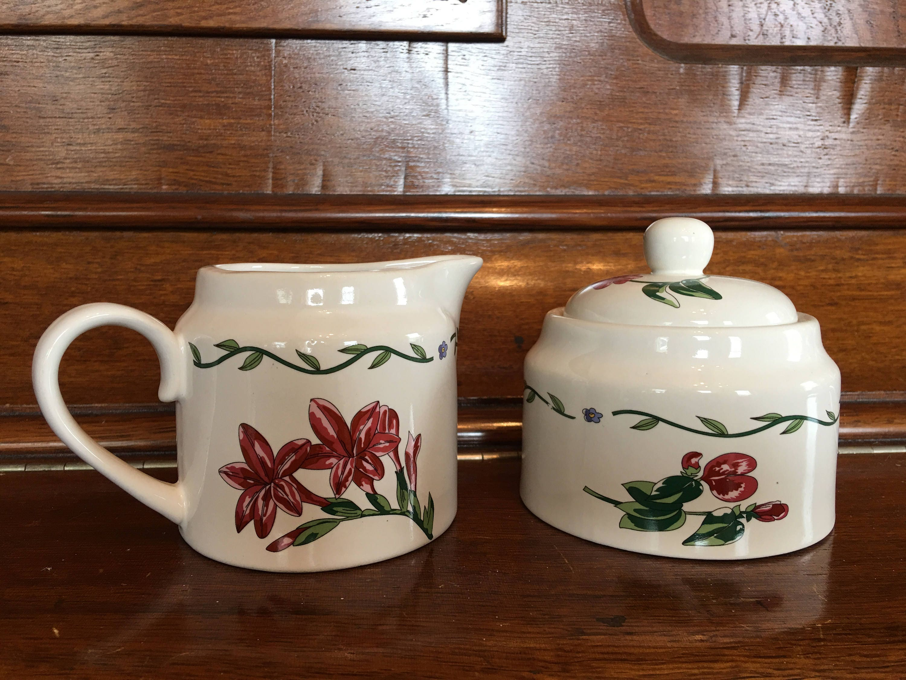 Vintage International China Tableworks Terrace Blossoms Creamer And Sugar  Zinnia Lily Pink Green Yellow White 072 01 Stoneware Flower Motif
