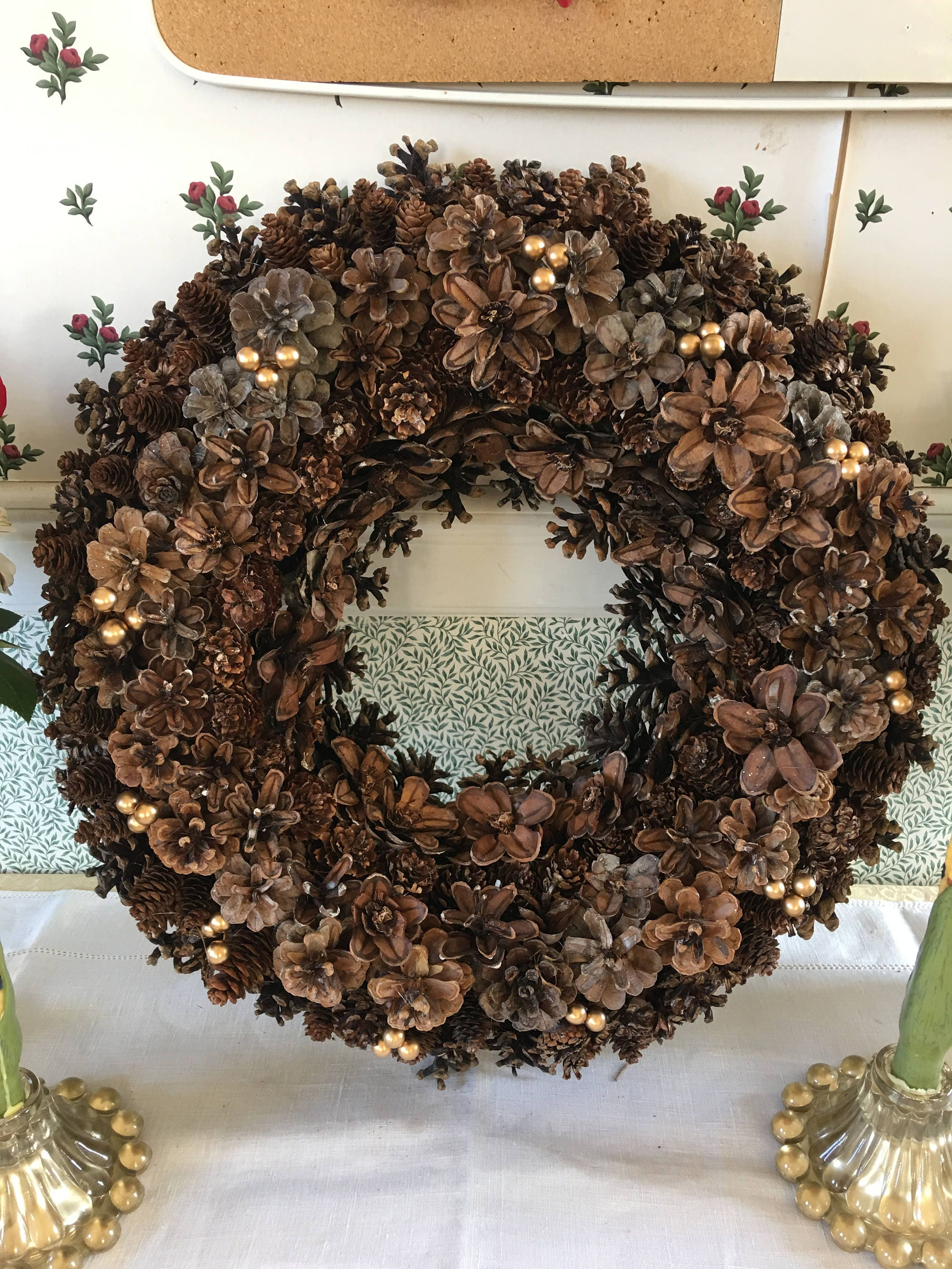 Maine Made Hand Crafted Pinecone Wreath Indoor Gold Berries Large Wall Door Decor Pine Spruce Cedar Spruce Cones Table Centerpiece