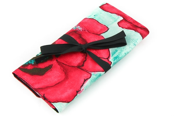 Short Knitting Needle Organizer Case - Big Poppy - 24 black pockets for circular, double pointed, interchangeable or travel