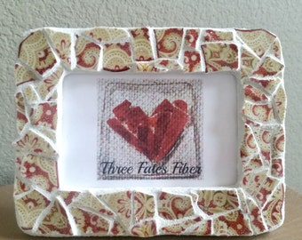 mosaic picture frame - red and cream tile picture frame - 4 x 6 picture frame - paisley pattern  - recycled dishes -