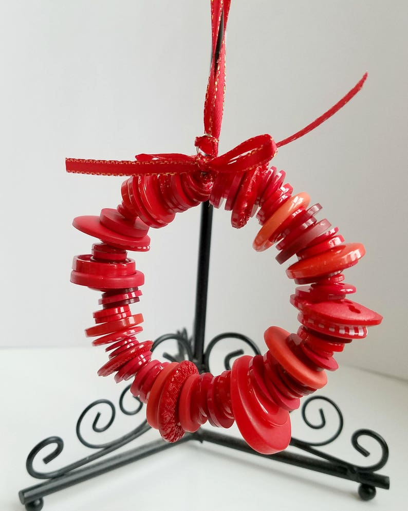 button wreath  christmas ornament  holiday decoration  xmas image 0
