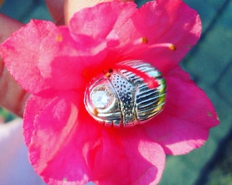 Highly detailed silver scarab bead BY TheSilverSculptress