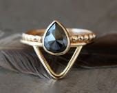Rose Cut Black Pear Diamond Ring, Teardrop Wedding Set, 14k Yellow Gold Dotted Band & Peak Ring