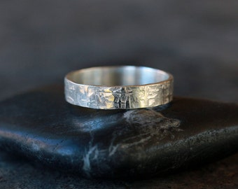 Viking Ring, Sterling Silver Men's Wedding Band, Hammered Pattern Ring, Rugged Style for Him, Handmade Jewelry