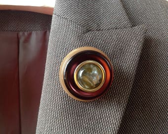Pearl and bordeaux Button brooch, round lapel pin, vintage buttons handmade scarf pin, corsage vintage brooch 1 3/4in 4,5cm jacket accessory