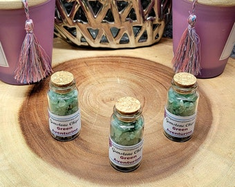 GREEN AVENTURINE Gemstone Chips --- 30ml Corked Glass Vial --- Polished / Tumbled--- Grade A --- (gemstone chips)