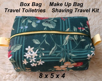 Garden Glen Box Bag - Make Up Bag - Travel Toiletries - Shaving Travel Kit