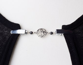 Sweater clips - Silver elegant circle link and hematite cardigan clip   Pashmina chain pin   Sweater fastening guard   Wrap holder