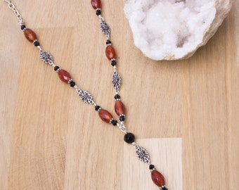 Red Agate necklace -  gemstones with fancy links and black beads   Agate jewellery   Elegant gift for her   Bead and chain necklace