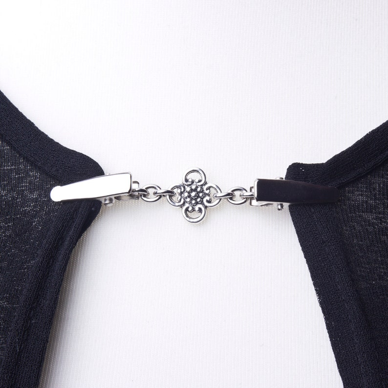 Sweater clips  Silver ornate link cardigan clip  Shawl chain image 0