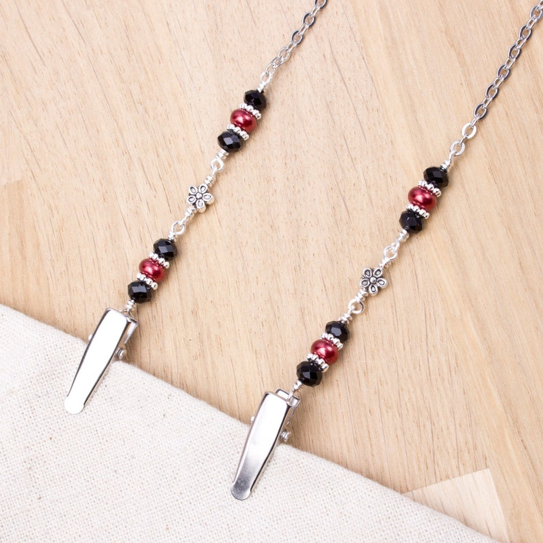 Napkin neck chain clips  Red and black beads with silver image 0