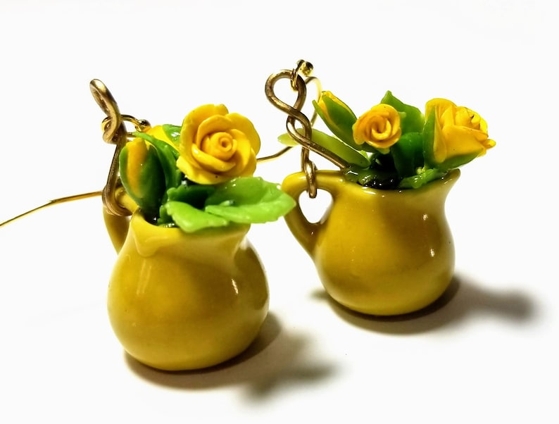 Sunny yellow rose  bouquet in a bright yellow vase earrings  image 0