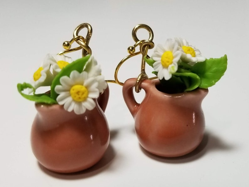 Sunny daisy  bouquet in a terra cotta  vase earrings  kawaii image 0
