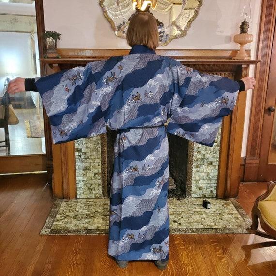 Beautiful Vintage 1970s silk mix brown gold oriental Japanese knee length Kimono robe.Small Medium vgc New romantic androgynous