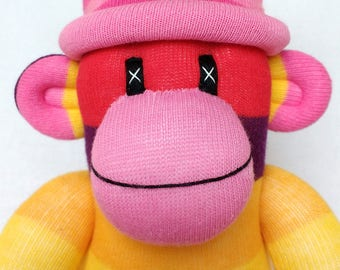Groovy Girl Striped Sock Monkey soft cuddly toy plushe softie striped yellow pink maroon with pink pom pom hat ce certified baby toy