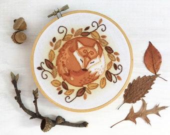 Sleeping Fox Beginner Embroidery color printed Sampler, Woodland Animals Hoop Art Design