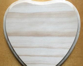 Darice Heart-Shaped Unfinished Wood Beveled Plaque