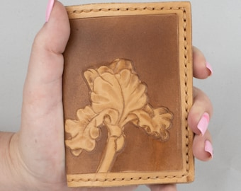 Bi-fold Wallet with Tooled Tulip,  4 Card Wallet