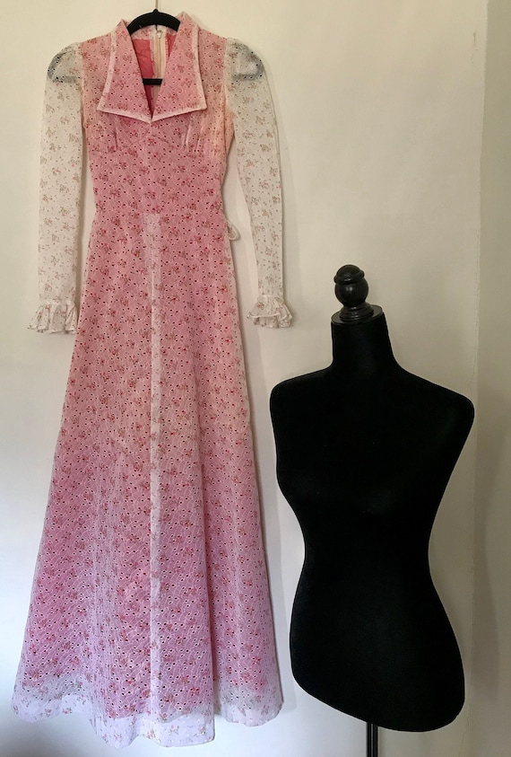 1970 Vtg. Pink And White Floral Print Maxi Dress (
