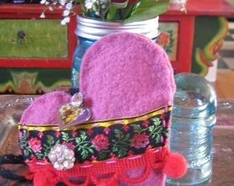 breast cancer heart . felted art . breast cancer gift . heart decoration . fiber art heart . bridesmaid gift . gypsy heart . wedding heart