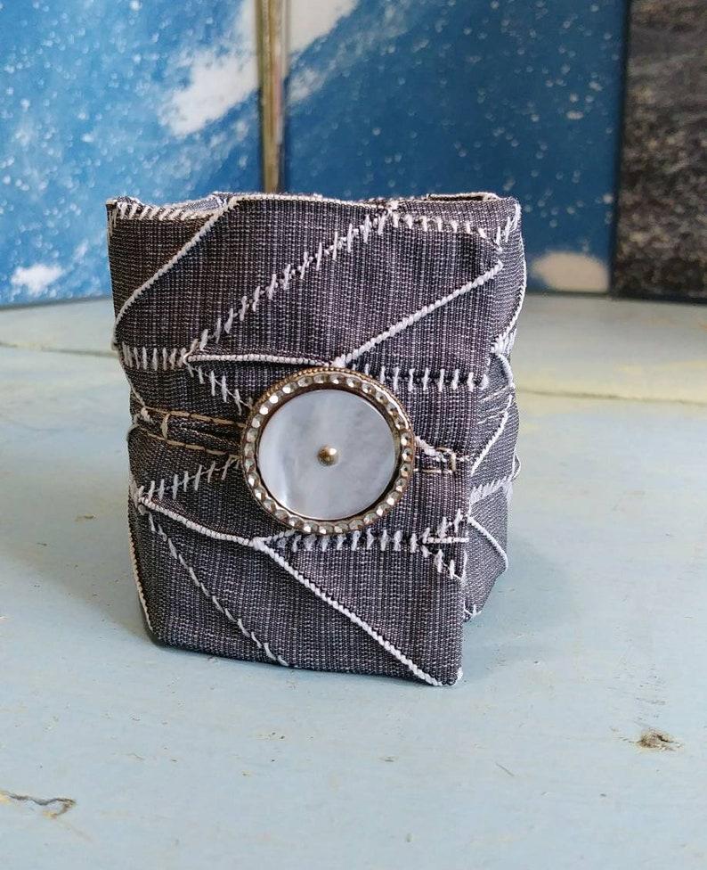 Feminum cuff 2 image 0