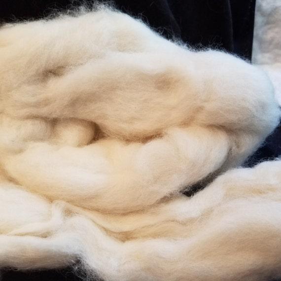 CRAZY Baby Camel combed top roving Cream 16 microns 2 ounces